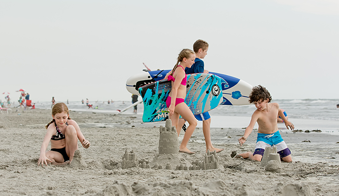 beach family 3