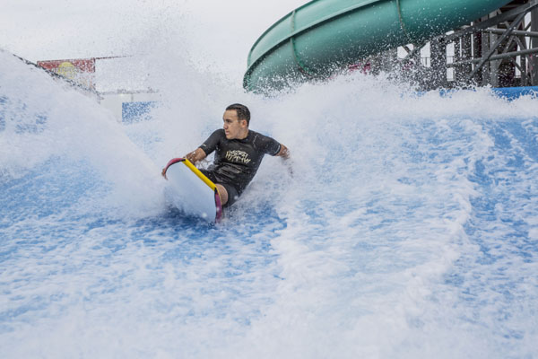 FlowHouse Surfer
