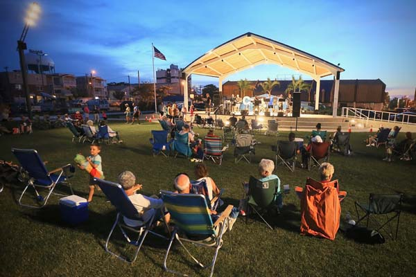 Music in the Plaza – FREE!