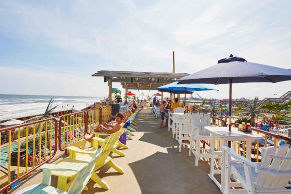 Stubborn Brothers Beach Bar & Grille